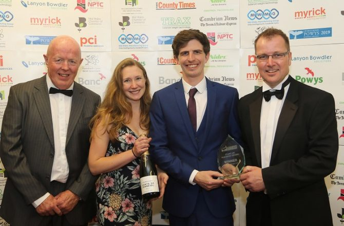Start-up Finds Natural Weigh to Win a Powys Business Award