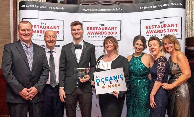 "Islawrffordd Caravan Park Restaurant Wins ""Best of North Wales"" Award"