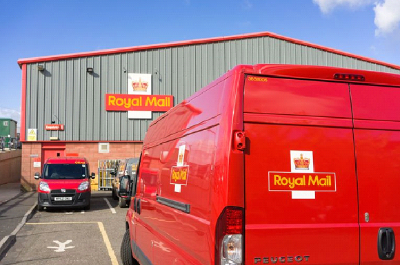 Royal Mail Reports Profits of £702m Following Surge in Online Deliveries